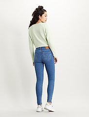 LEVI´S Women - 721 HIGH RISE SKINNY RIO HUSTL - skinny jeans - light indigo - worn in - 3
