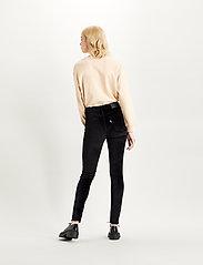LEVI´S Women - 721 HIGH RISE SKINNY COMFORT V - skinny jeans - blacks - 3