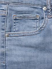 LEVI´S Women - MILE HIGH SUPER SKINNY BETWEEN - skinny jeans - light indigo - flat finis - 4