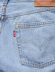 LEVI´S Women - 501 SHORT LONG MONTGOMERY MEND - denimshorts - light indigo - worn in - 4