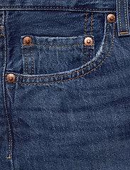LEVI´S Women - 501 SHORT LONG SANSOME DRIFTER - denimshorts - med indigo - worn in - 2