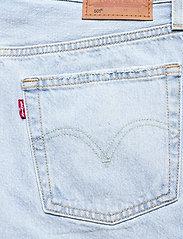 LEVI´S Women - 501 ROLLED SHORT LUXOR EROSION - light indigo - worn in - 4