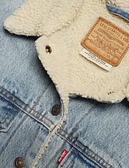 LEVI´S Women - EXBF SHERPA TRUCKER STRANGERWA - denimjakker - light indigo - worn in - 2