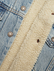 LEVI´S Women - EXBF SHERPA TRUCKER STRANGERWA - denimjakker - light indigo - worn in - 4