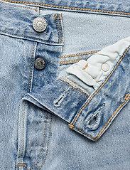 LEVI´S Women - 501 CROP LUXOR RA - straight regular - light indigo - worn in - 3