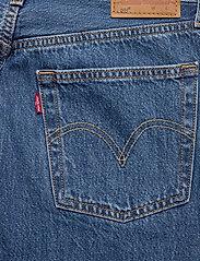 LEVI´S Women - 501 CROP SANSOME BREEZE STONE - mom jeans - med indigo - worn in - 4