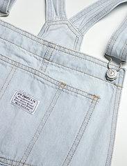 LEVI´S Women - VINTAGE SHORTALL CAUGHT NAPPIN - buksedragter - light indigo - worn in - 2