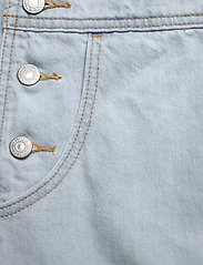 LEVI´S Women - VINTAGE SHORTALL CAUGHT NAPPIN - buksedragter - light indigo - worn in - 4