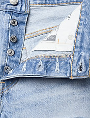 LEVI´S Women - 501 ORIGINAL SHORT LUXOR HEAT - jeansshorts - light indigo - worn in - 3