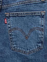LEVI´S Women - RIBCAGE SHORT CHARLESTON EROSI - denimshorts - med indigo - worn in - 4