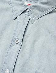 LEVI´S Women - THE SS ALEXANDRA SHIRT LIGHT M - jeansblouses - blues - 2