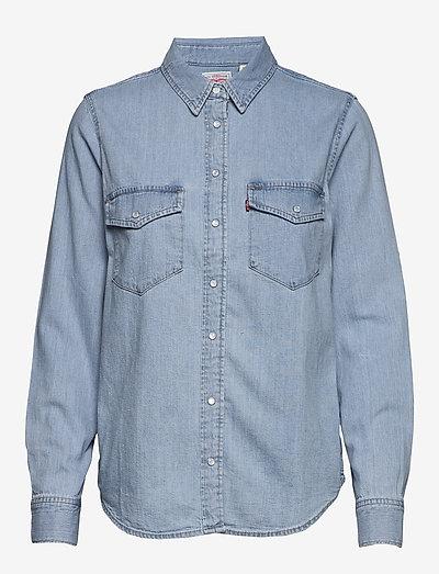 ESSENTIAL WESTERN COOL OUT 4 - jeansowe koszule - light indigo - flat finis