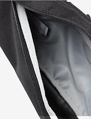 Levi's Footwear & Acc - Small Banana Sling - Vintage Modern Logo - magväskor - regular black - 4