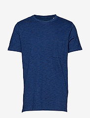 Levi's Made & Crafted - LMC POCKET TEE WASHED BLUE IND - basic t-shirts - blues - 0