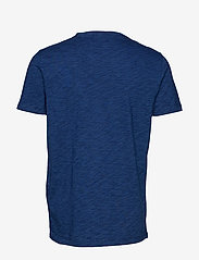 Levi's Made & Crafted - LMC POCKET TEE WASHED BLUE IND - basic t-shirts - blues - 1