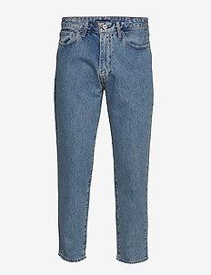 LMC DRAFT TAPER LMC RATTLER - relaxed jeans - med indigo - flat finish