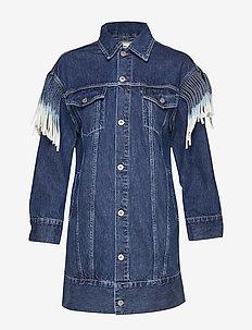LMC OVRSZD RANCH DRESS LMC RIG - skjortklänningar - dark indigo - flat finish