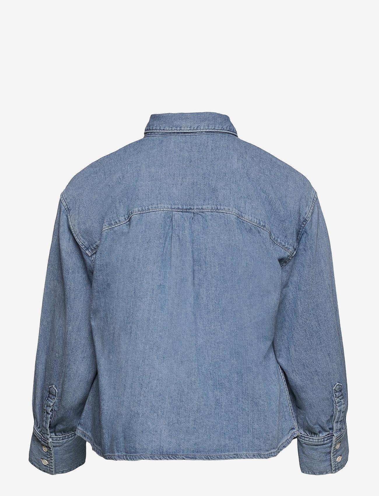 Levi's Plus Size - PL ZOEY PLEAT UTLTY SHRT STAY - jeansblouses - med indigo - flat finish - 1