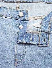 Levi's Plus Size - PL 501 CROP TANGO SURGE PLUS - straight regular - med indigo - worn in - 3