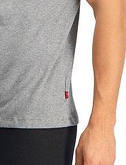 Levi´s - LEVIS MEN V-NECK 2P - t-shirts basiques - middle grey melange - 4