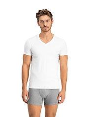 Levi´s - LEVIS MEN V-NECK 2P - basic t-shirts - white - 0