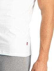 Levi´s - LEVIS MEN V-NECK 2P - basic t-shirts - white - 4