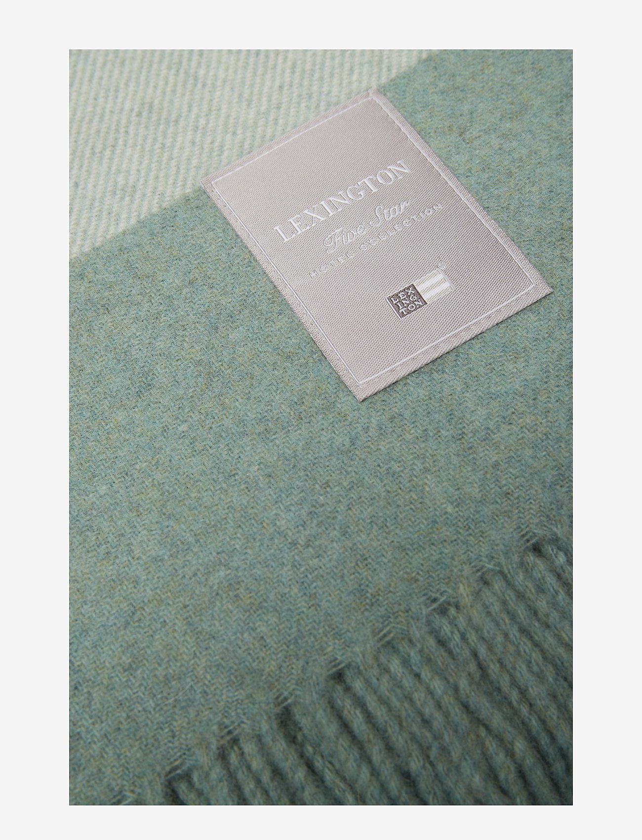 Lexington Home - Hotel Wool Throw - blankets - green/white - 1