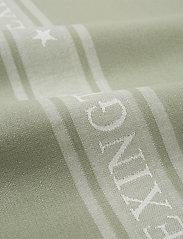 Lexington Home - Icons Cotton Jacquard Star Kitchen Towel - keittiöpyyhkeet - sage green/white - 1