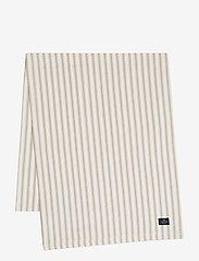 Lexington Home - Icons Cotton Herringbone Striped Runner - kankaiset lautasliinat - beige/white - 0