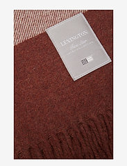 Lexington Home - Hotel Wool Throw - blankets - chestnut/white - 1