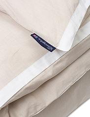 Lexington Home - Beige/White Contrast Cotton Chambray Duvet Cover - housses de couette - beige/white - 2