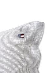Lexington Home - Lt Gray/White Striped Cotton Seersucker Pillowcase - taie d'oreiller - lt gray/white - 2