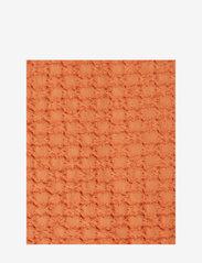 Lexington Home - Waffle Structure Organic Cotton Bedspread - literie - peach melon - 1