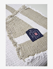Lexington Home - Double Faced Cotton Bedspread - bedspread - olive/white - 1