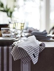 Lexington Home - Icons Cotton Herringbone Striped Napkin - pöytätabletit - beige/white - 3
