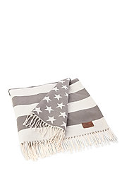 Flag Throw - WHITE/GRAY