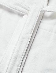 Lexington Home - Lexington Cotton Velour Contrast Robe - pegnoirs - white/lt beige - 4