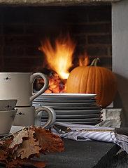 Lexington Home - Stoneware Dinner Plate - assiettes plates - beige/dk blue - 1