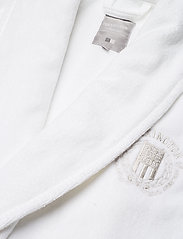 Lexington Home - Hotel Velour Robe - aamutakit - white - 2