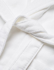 Lexington Home - Hotel Velour Robe - aamutakit - white - 4