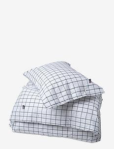 Pin Point Shaker Navy Duvet - duvet covers - navy/white