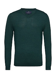 Ian Merino V-Neck Sweater - MOUNTAIN GREEN