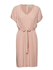 Kristina Solid Dress - MELLOW ROSE