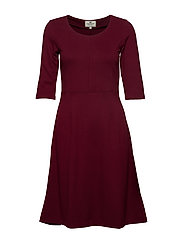 Scarlett U-neck Dress - DARK RED
