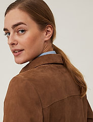 Lexington Clothing - Kathy Suede Worker Shirt - overshirts - brown - 6