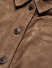 Lexington Clothing - Kathy Suede Worker Shirt - overshirts - brown - 3