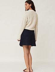 Lexington Clothing - Stella Linen Skirt - korta kjolar - dark blue - 3