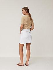 Lexington Clothing - Stella Linen Skirt - korta kjolar - offwhite - 3
