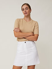 Lexington Clothing - Stella Linen Skirt - korta kjolar - offwhite - 4