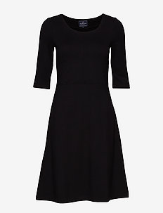 Scarlett U-neck Dress - BLACK